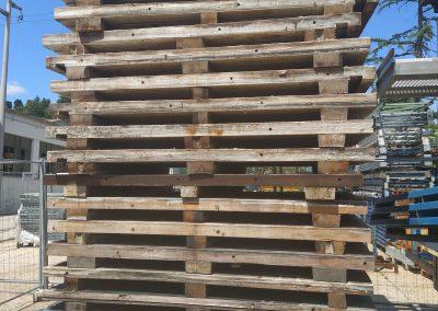 Pedane con legno ricondizionato