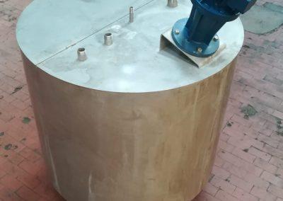 Vaschetta in acciaio con agitatore usata
